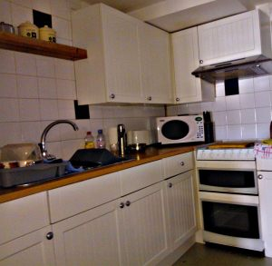 33a-Kitchen