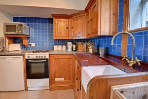 35a-kitchen-3