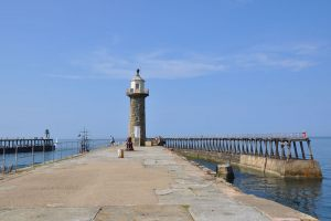 Lightouse-on-the-East-Pier